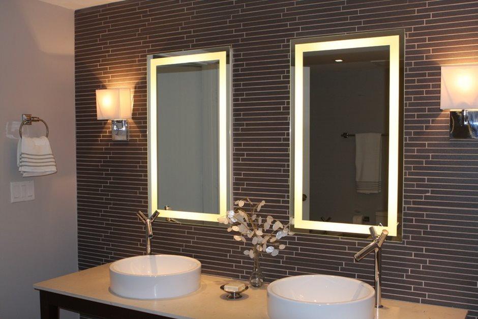 Зеркало в ванной комнате с подсветкой своими